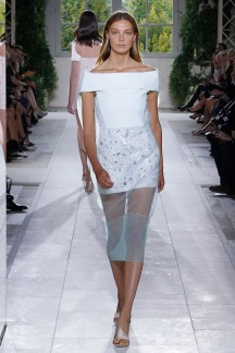Spring 2014 At his namesake brand, Wang has been known to attract some big-name models to walk his show. The same extended to Balenciaga, where he got Daria Werbowy to close the spring 2014 show.