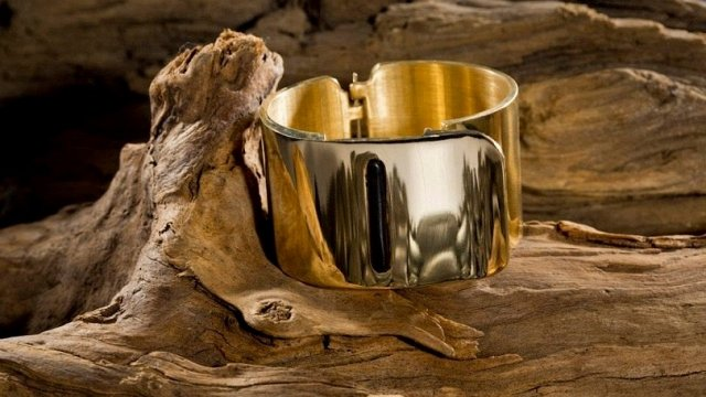 cuff-crowned-most-beautiful-wearable-by-fashion-cr_p698.640