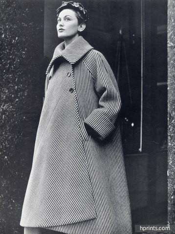Cristobal Balenciaga 1950 Pod Coat